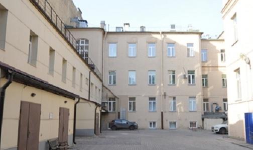 Фото №1 - Петербургские следователи нашли виновных в лечении «мертвых душ» на 11 млн рублей