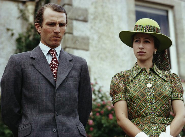 Фото №1 - На разной волне: почему распался первый брак принцессы Анны