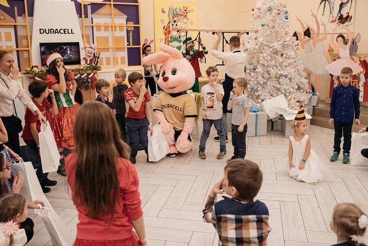 Фото №3 - В Москве прошла традиционная корпоративная ёлка Hearst Shkulev Hearst Shkulev Group