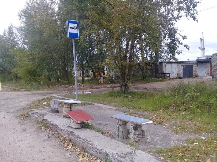 Фото №3 - Жители Дзержинска сами сделали себе автобусную остановку бизнес-класса
