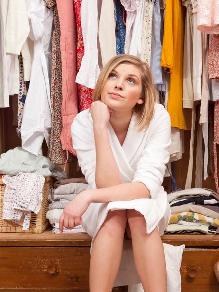 Фото №2 - 17 вещей, которые нужно выбросить из своего гардероба