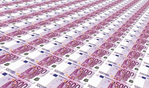 Фото №1 - В Петербурге расширили список медиков, которые получат дополнительные выплаты