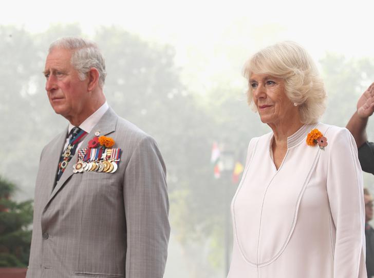Фото №2 - Три спальни для принца и его жены: секрет счастливого брака Чарльза и Камиллы