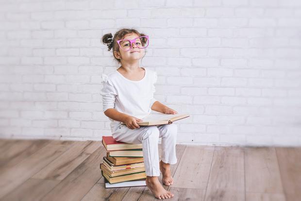Фото №1 - 7 признаков, что ваш ребенок действительно гений