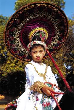 Фото №5 - Золотой поцелуй, или Главное чудо Мьянмы