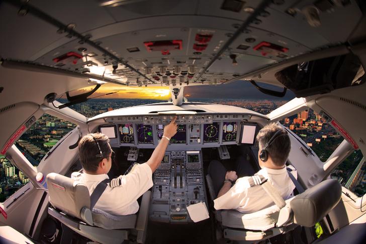 Фото №1 - Туристы выявили самые любимые авиакомпании мира