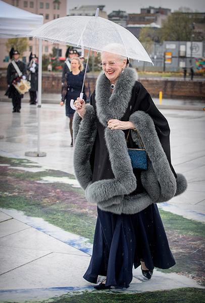 Фото №27 - Вне возраста: стильные приемы европейских аристократок (и аристократов)