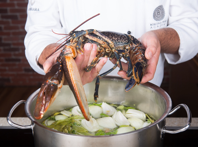 Фото №3 - Что едят шеф-повара: равиоли с омаром под соусом вонголе