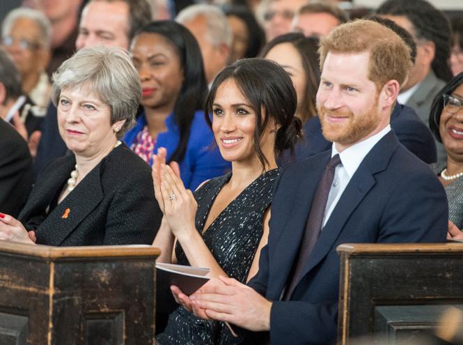 Фото №10 - Отвлекающий маневр: Меган Маркл и принц Гарри снова в центре внимания