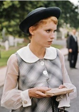 Фото №2 - 5 самых стильных героинь из фильмов ужасов 🧟♀️