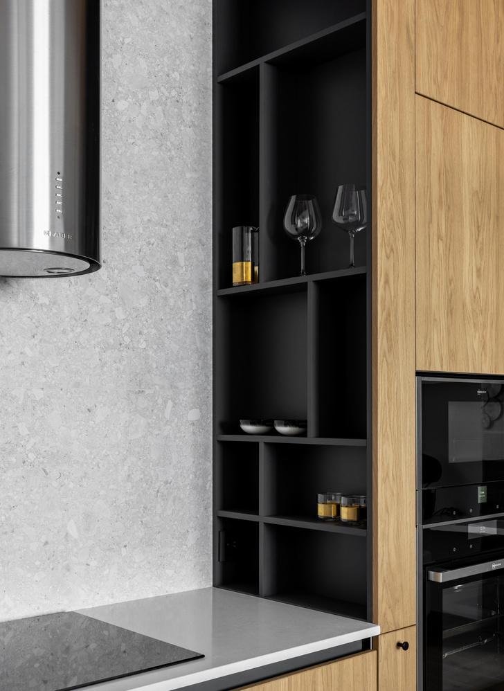 Фото №1 - Умная планировка для маленькой кухни: 5 советов