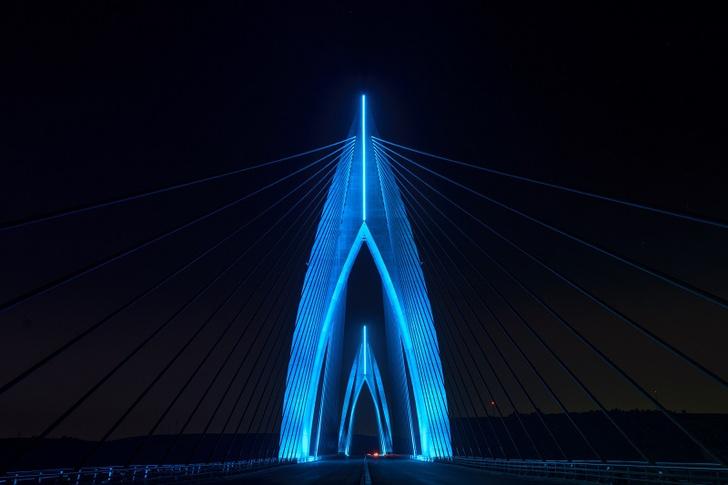 Фото №2 - Philips Lighting осветила «Инженерное чудо Африки»