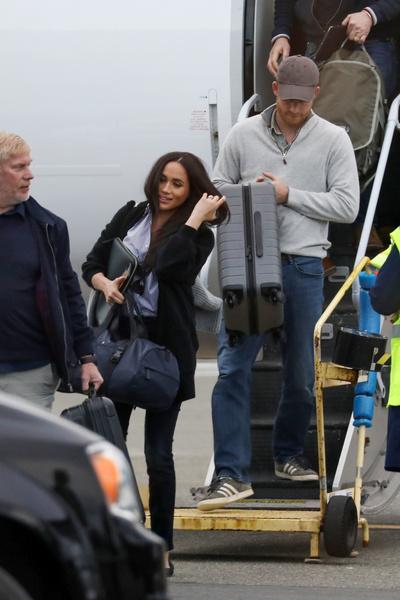 Фото №2 - Принц под прикрытием: Гарри вспомнил самое неловкое свидание с Меган в супермаркете