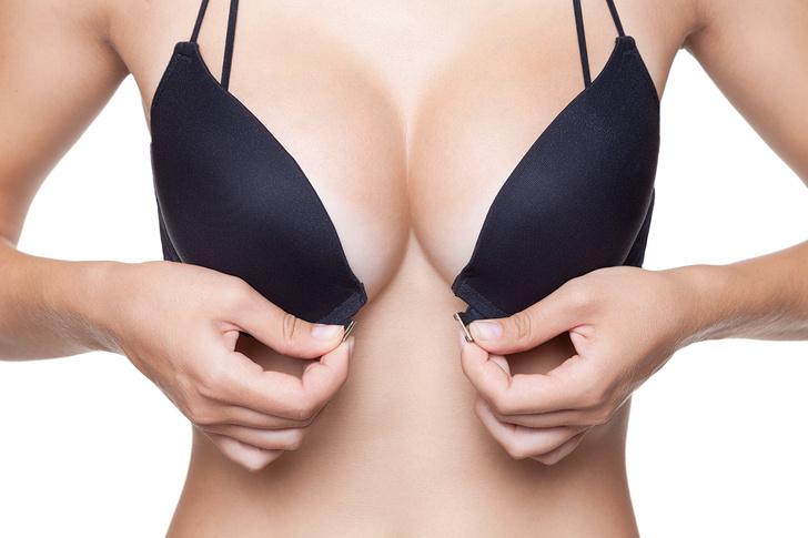 Фото №1 - Большая грудь: как сделать ее не самой большой проблемой. Реальные истории уменьшения бюста, комментарии хирурга, советы экспертов