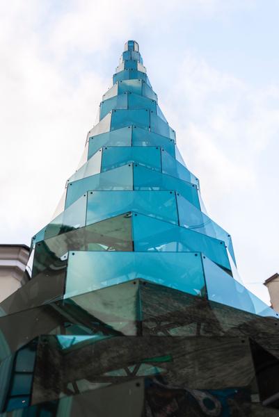 Фото №1 - Арт-объект Арно Лапьера в Санкт-Петербурге