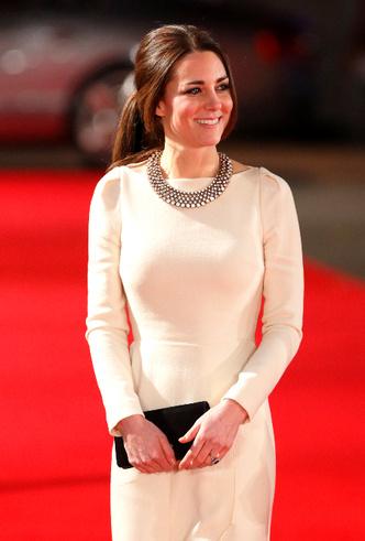 Фото №7 - Принцесса масс-маркета: как герцогиня Кейт носит одежду бюджетных брендов