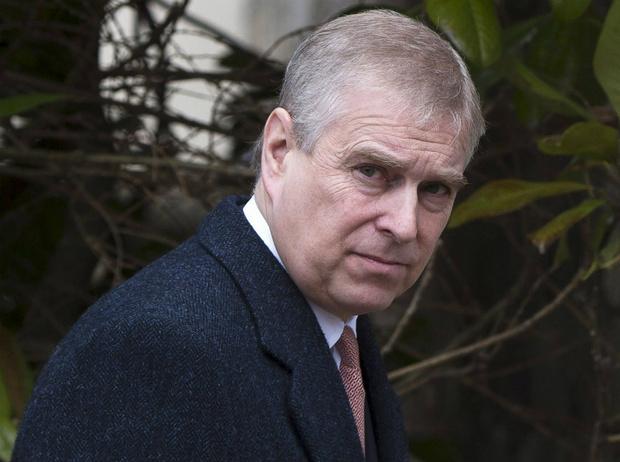 Фото №1 - Королева не поможет: ФБР требует выдать принца Эндрю для допроса