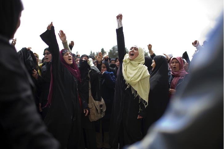 Фото №7 - Свобода за чадру: что станет с женщинами Афганистана при «Талибане»