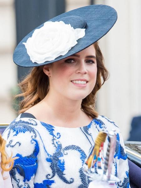 Внучка Елизаветы откажется от королевского титула для ребенка