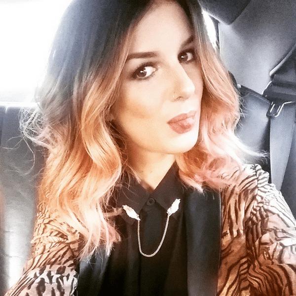 Фото №35 - Звездный Instagram: Селфи в машине