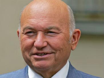 Бывший мэр Лужков стал деканом МУМа