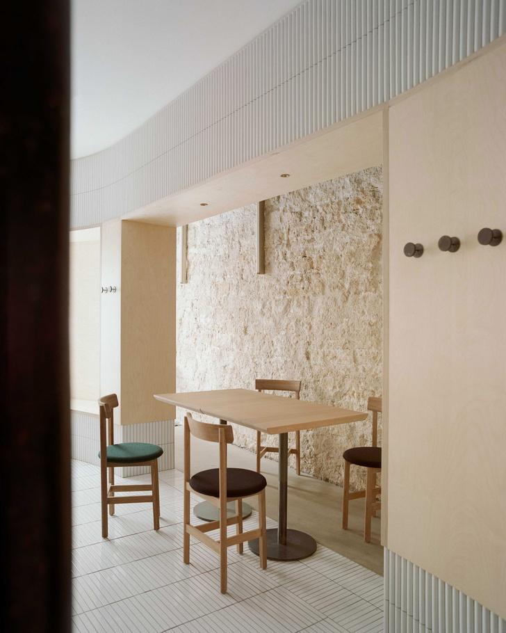 Фото №7 - Парижский ресторан по дизайну Neri & Hu