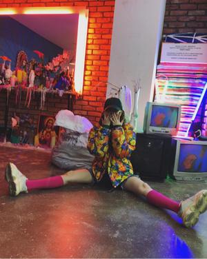 Фото №7 - В стиле Хёны: носим ретро и радуемся жизни