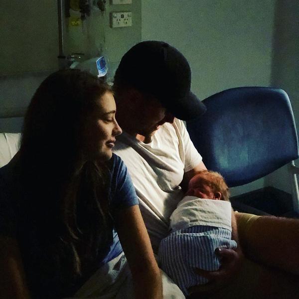 Фото №4 - Модель не знала, что беременна, пока не родила в ванной
