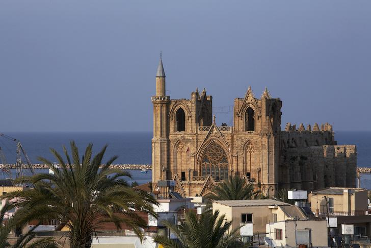 Фото №7 - Собор, мечеть, музей: полторы тысячи лет истории Святой Софии Константинопольской в занимательных фактах