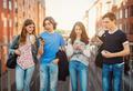 Половое воспитание: кто должен им заниматься и с чего начинать?