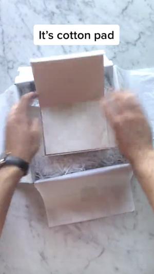 Фото №3 - Лайфхак из TikTok: как покупать вещи люксовых брендов меньше чем за 100 долларов