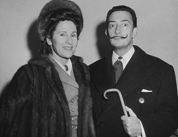 Сальвадор Дали с женой