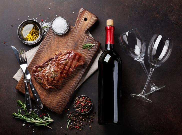 Фото №1 - Идеальное сочетание: как подобрать вино к стейку