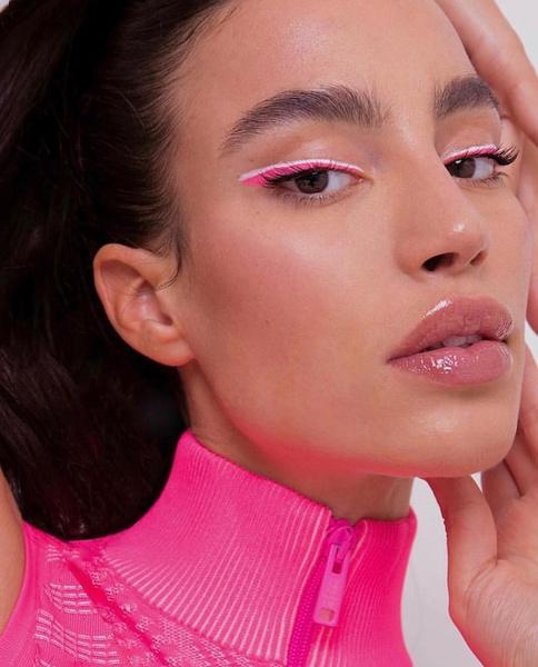Фото №2 - Spring rose: как сделать нежный макияж в розовых тонах
