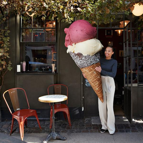 Фото №1 - Гадаем на вишневом мороженом: в каком городе тебе нужно жить?