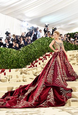 Фото №17 - Met Gala 2018: платья, которые уже вошли в историю