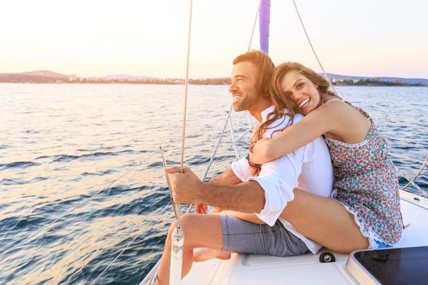 Фото №1 - Знаки зодиака, которые влюбляются в партнера из-за денег