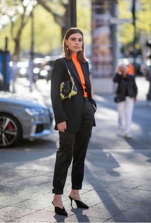 Фото №11 - С чем носить черный пиджак: 8 нескучных идей