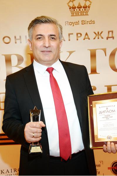 Фото №1 - Эльмана Пашаева лишили адвокатского статуса на год