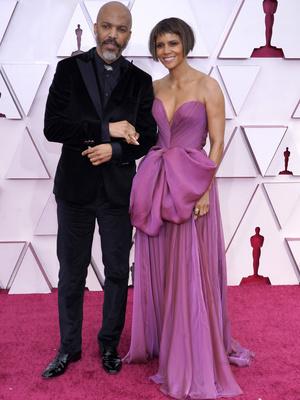Фото №4 - «Оскар-2021»: самые красивые звездные пары церемонии