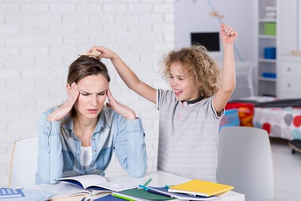 ребенок постоянно требует внимания