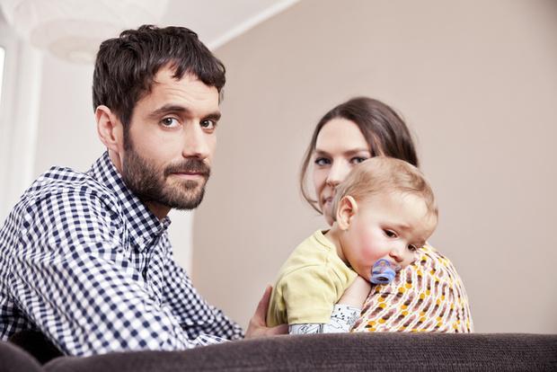 Фото №1 - Роды— не подвиг? Должен ли муж дарить подарок в честь рождения малыша