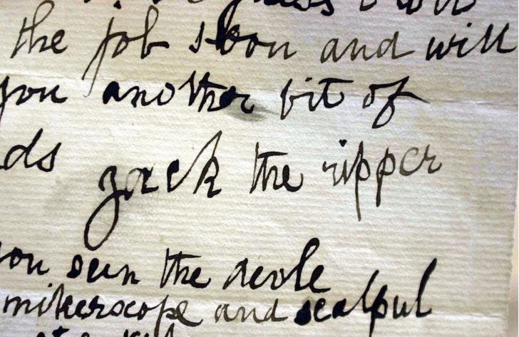 Фото №1 - Лингвисты нашли «автора» писем Джека-потрошителя