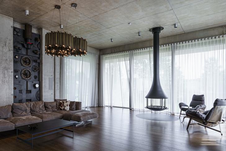 Фото №1 - Брутальный дом в Таллине с элементами стимпанка