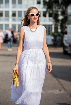 Фото №15 - Самые модные платья для лета 2020 для любого случая