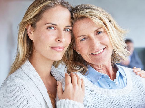 Фото №1 - Как перестать зависеть от мнения мамы