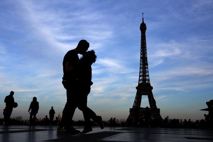 Фото №1 - Можно ли сразу распознать длительные и краткосрочные отношения