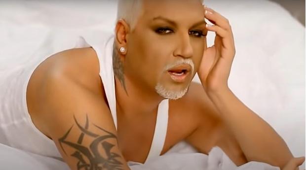 Фото №2 - Гламурный исполнитель скандального хита Mrazish Азис изменился до неузнаваемости