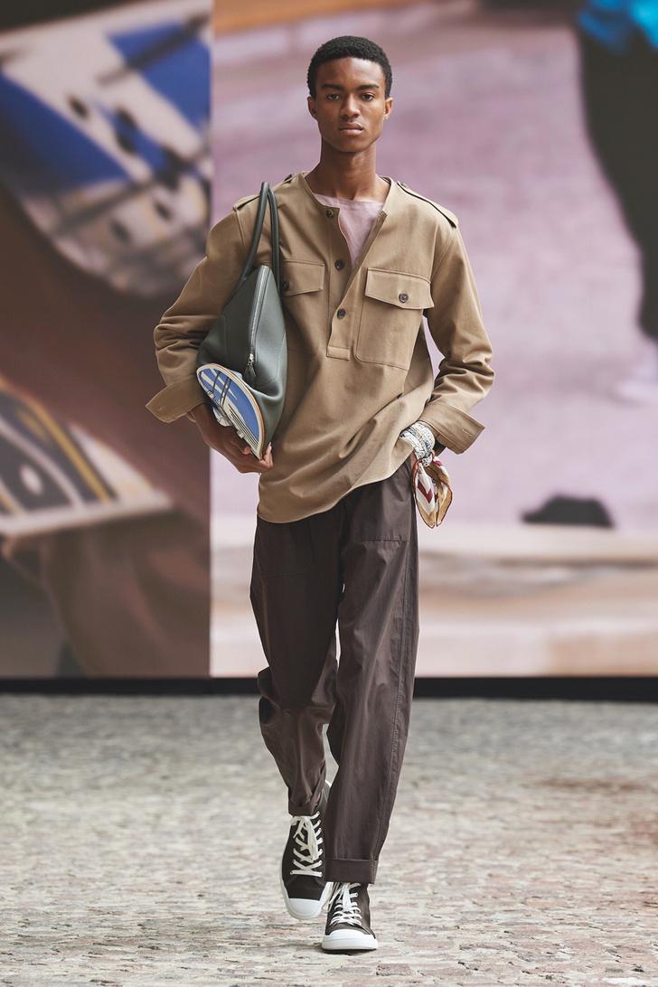 Фото №5 - Эффектный трюк: сумка-скейтборд от Hermès