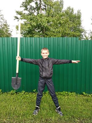 Фото №7 - Спорт на грядке: 5 крутых упражнений с лопатой